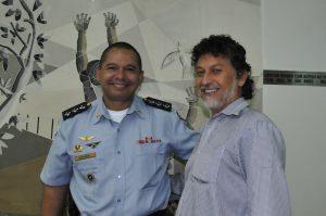Capitao PM G Santos e Léo Veras - Foto Lile Correa