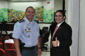 Capitao PM G Santos e Marcelino Nunes - Foto Lile Correa