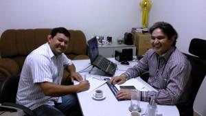 Silvio Dias assina ficha no PROS, Marcelino Nunes abona ficha do comunicador - Foto Lile Correa